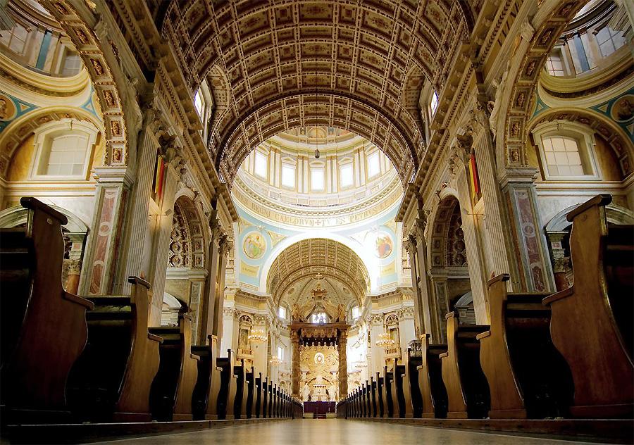 Interieur Kerk / Foto Ben Töller